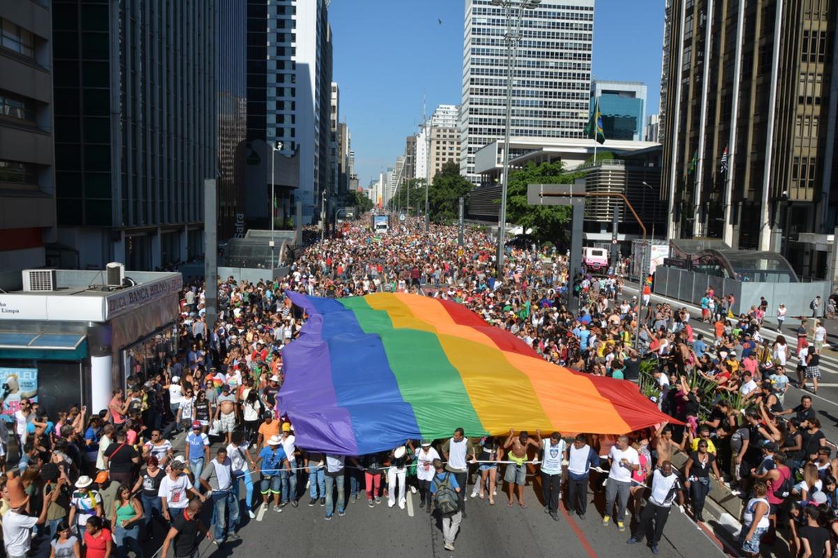 downlink gay community